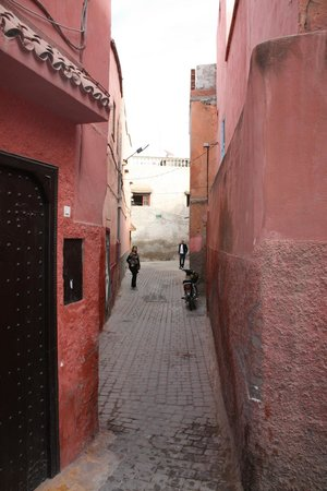 Riad El Farah: Road to the Riad