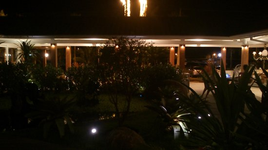 Costa Verde Tabatinga Hotel: Vista da entrada do hotel.