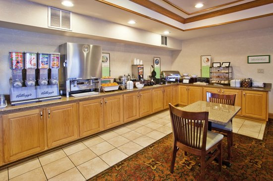 Country Inn & Suites By Carlson, McDonough: Breakfast Room
