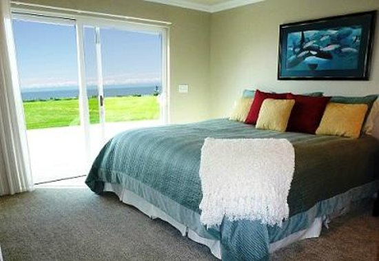 Alaskan Fishing Adventures Accommodation: Guest rooms at Tim Berg's feature pillow top mattress, fine linens and are tastefully decorated.