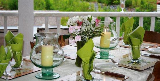 Namaste Esperanza An Integrated Wellness Retreat: Patio dining