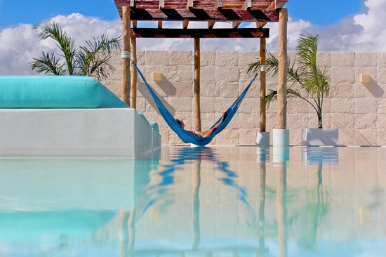 The Palm at Playa: Alberca