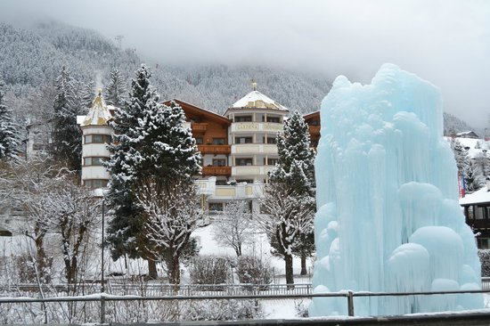 Hotel Gardena Grodnerhof: vista esterna