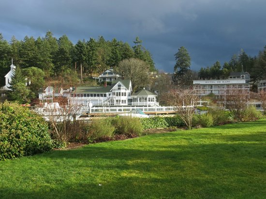 Hotel de Haro at Roche Harbor Resort: View of the resort . Quarryman Hall off on the right.