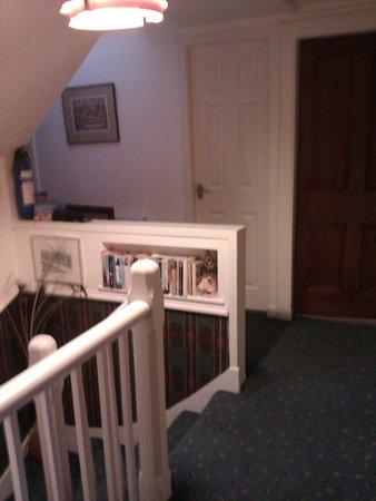 MacKenzie's B&B: couloir des chambres