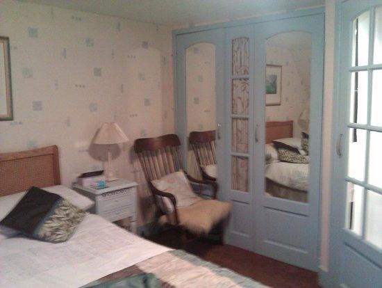 MacKenzie's B&B: chambre