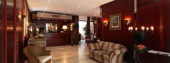Ringhotel Mersch: Lobby & Reception