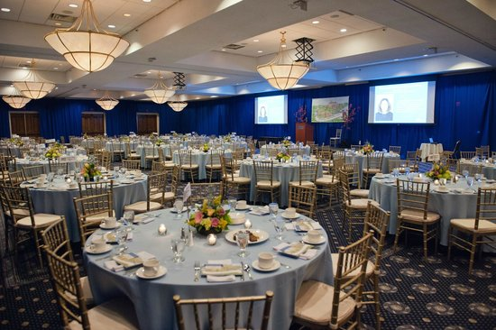 UMass Lowell Inn & Conference Center : Large ballroom
