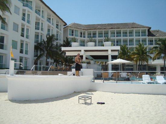 Playacar Palace: Vista desde la playa