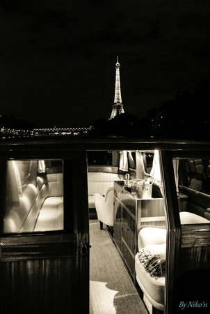 River Limousine by night