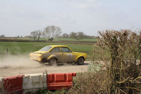 London Rally School :                   Escort entering forest stage