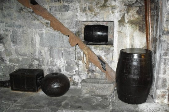 "Dunguaire Castle: The ""Store Room"" display on the ground level of the castle"