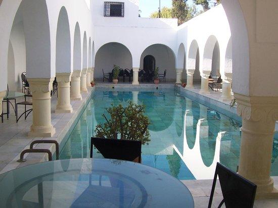 George Sebastian Villa: pool at the villa