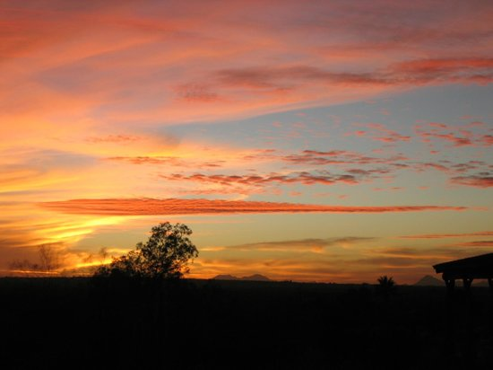 Tanque Verde Ranch:                   sunset