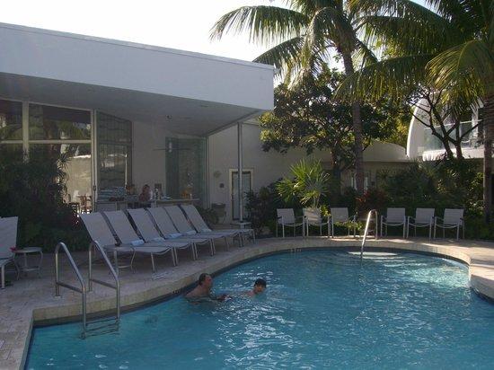 سانتا ماريا سويتس: Pool Bar 