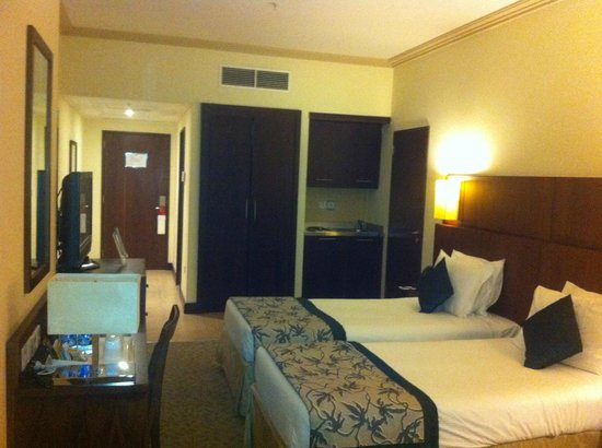 Moevenpick Hotel & Residences Hajar Tower Makkah: Room
