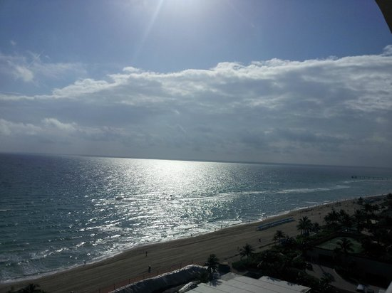 Acqualina Resort & Spa on the Beach:                   View of Sunrise from balcony