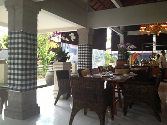 Rama Beach Resort and Villas: Breakfast