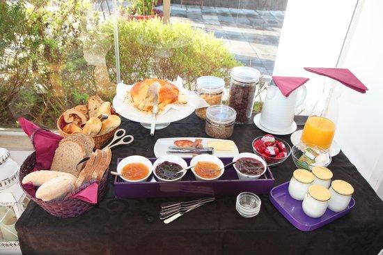 ذا هاوس ليسبوا: Breakfast