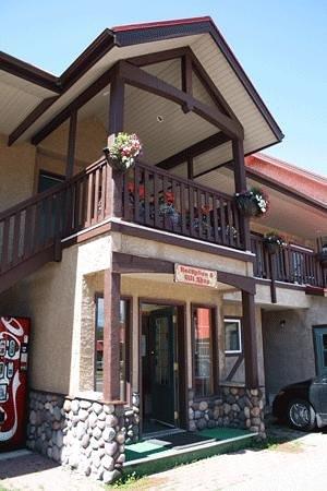 Aspen Village: Aspen Front Desk