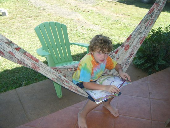 Sherlley Cabins:                   relaxing hammocks