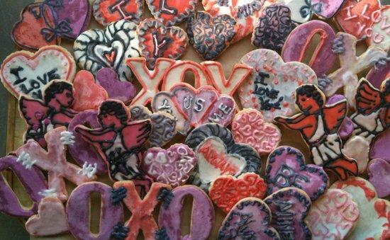 Trap Door Bakehouse & Cafe: Valentine's cookies