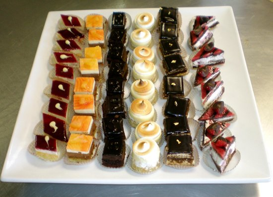 Trap Door Bakehouse & Cafe: Selection of Petit Four