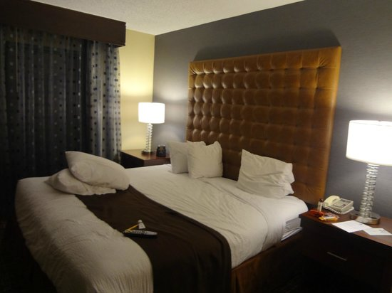 Embassy Suites by Hilton Hotel Los Angeles International Airport South: Quarto