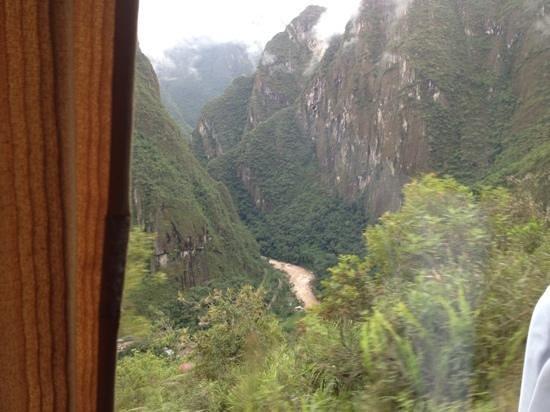 Cusco Pardo Hotel :                   à caminho de Machu Picchu