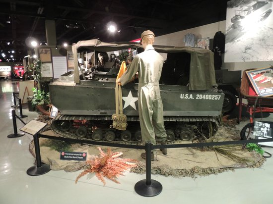 Studebaker National Museum: war