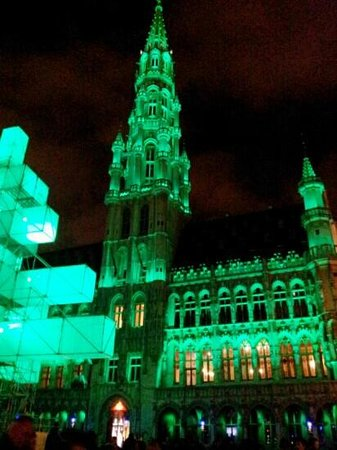 Hotel Amigo: Christmas Light Show at The Grand Place