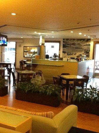Pestana São Paulo: Lobby bar
