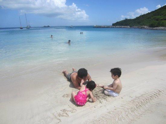 Hotel Riu Palace St Martin: Playa Privada