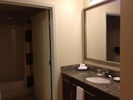 Residence Inn Fredericksburg : Vanity