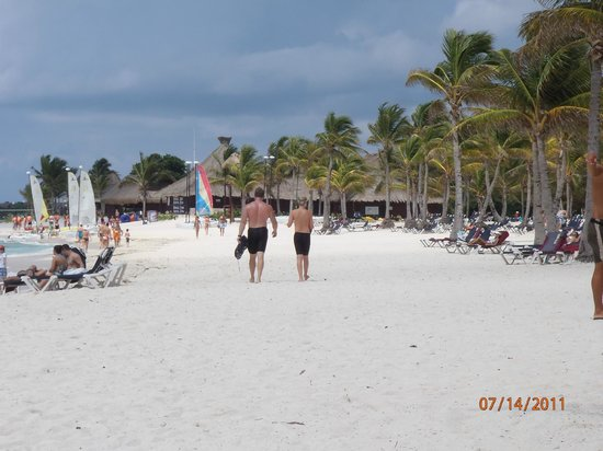 Barcelo Maya Tropical:                   Beach volleyball, snorkeling, all sorts of activities