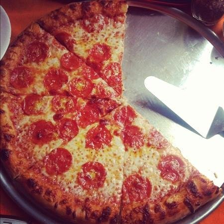 Ivos Pizza: Pepperoni. My favorite!