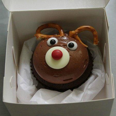 Little Cupcakes: chocolate reindeer