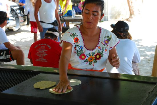 El Taj Oceanfront & Beachside Condos Hotel:                   Amazing fresh quesadillas for breakfast
