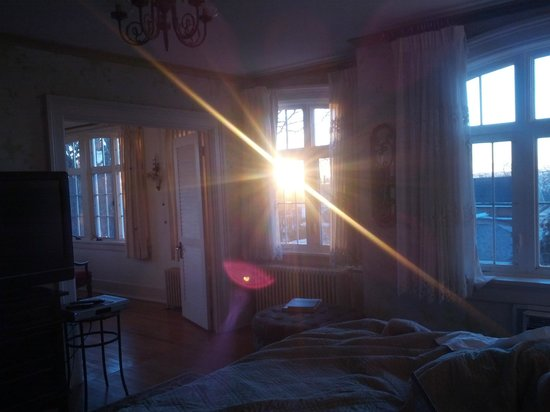 Clarke Manor:                   Sunlight blasting into the suite!  Wonderful!