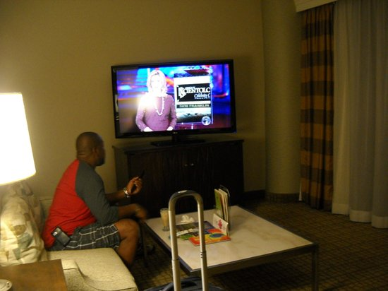 Doubletree by Hilton Grand Hotel Biscayne Bay:                   55inch tv