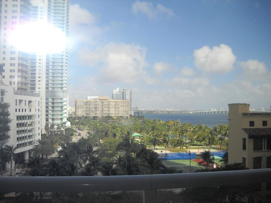Doubletree by Hilton Grand Hotel Biscayne Bay:                   veiw from room