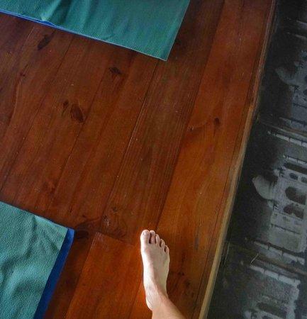 CabareteYoga:                   natura cabana yoga floor