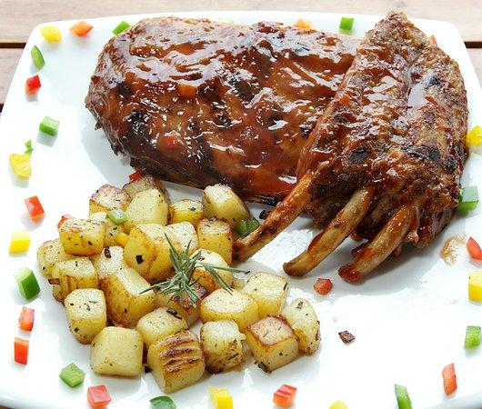 Friendship Beach Resort & Spa by iCheck Inn : For the Carnivores... BBQ ribs