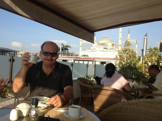 Sarı Konak:                   breakfast on rooftop deck