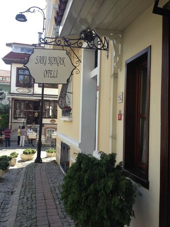 Hotel Sari Konak:                   welcome!