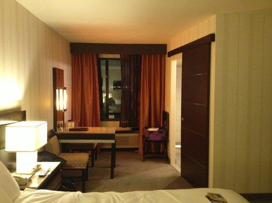Gold Coast Hotel and Casino: Room