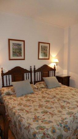 Hostal Marissal: Bedroom