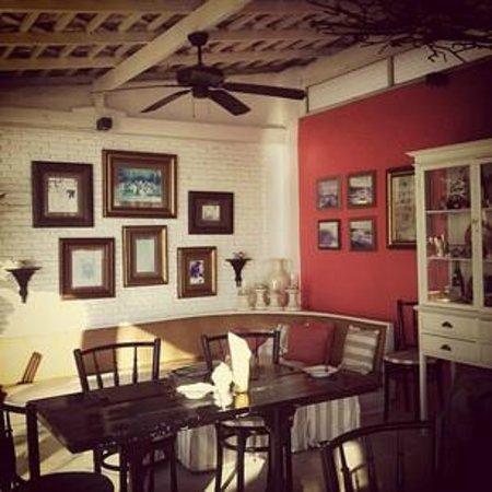 The Hen Hua Hin:                   Salon de the cum cafe cum restaurant