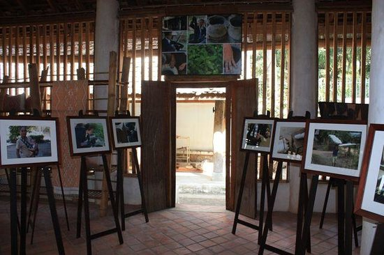 Artisans du Mekong: Photographic exhibition, Tailue Cotton - Method & Makers