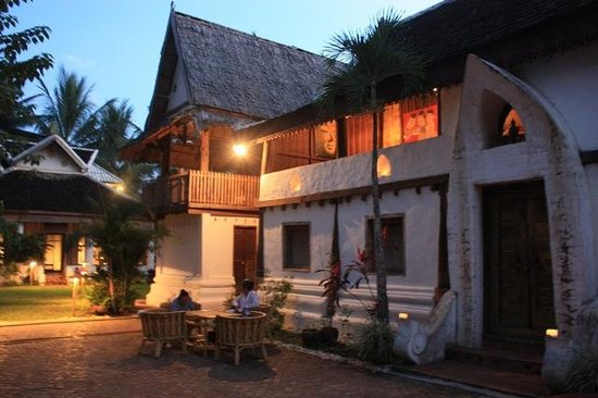 Artisans du Mekong: Main House, built new from very old timber